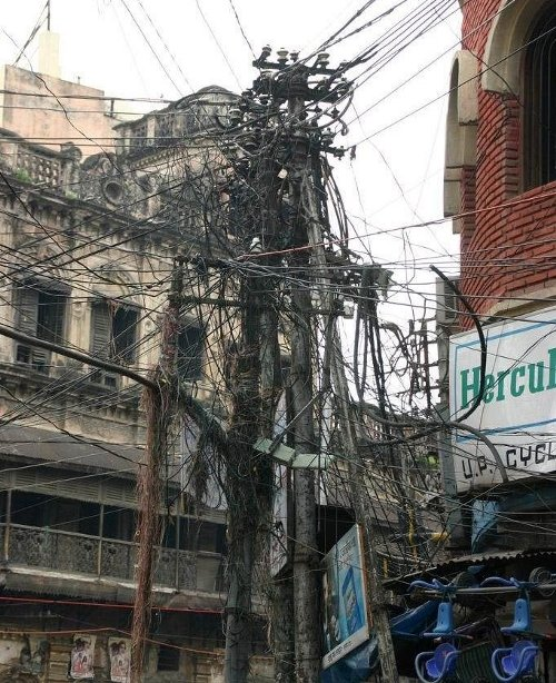 india wiring mess electrical wiring diagram house u2022 rh universalservices co India's Electric Poles India Internet Wiring